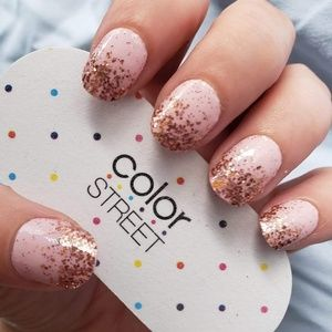 Color Street Makeup - COLOR STREET Coming Up Rose Gold Nail Strips